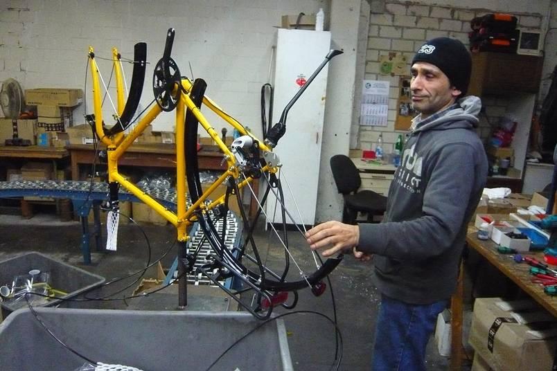 Endmontage eines Patria Fahrrads