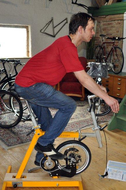 Ergonomie auf dem Fahrrad   -verspannter Rücken-
